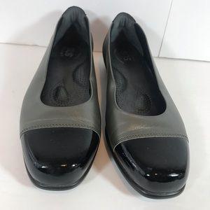 SAS- San Antonio Scenic Gray Leather Ballet Flats